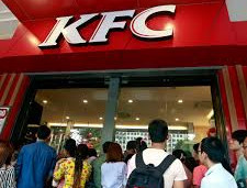 Aucklanders overjoyed they can now wait in a 4-hour queue for cold K.F.C