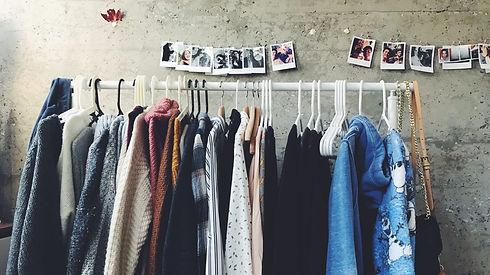 tweedehands-kleding-e1570437833953.jpg