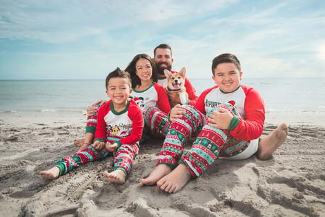 Rosado Family Christmas Portrait Session
