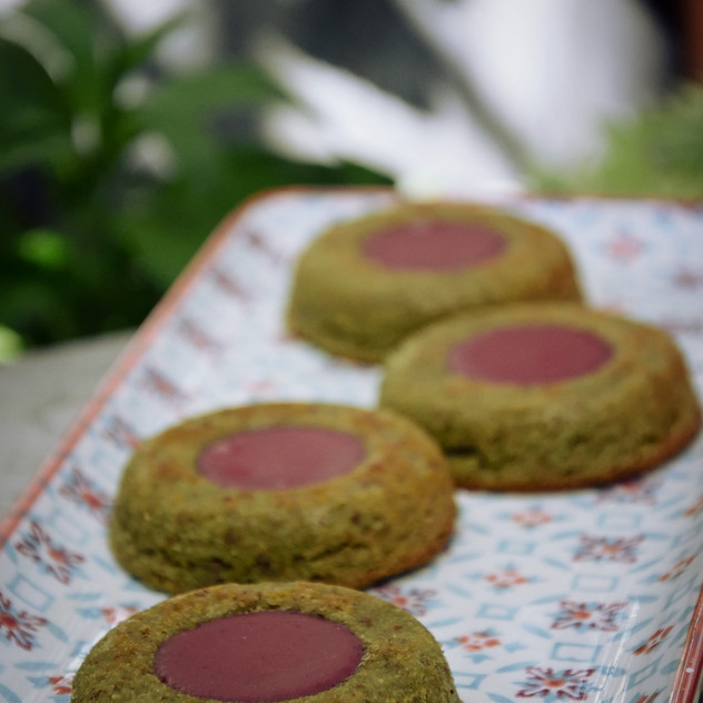 financier matcha framboise.jpeg