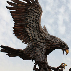 Vincentaa Bronze Eagle Statue 13.jpg