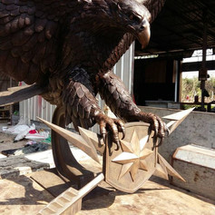 Vincentaa Bronze Eagle Statue 10.jpg