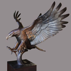 Vincentaa Bronze Eagle Statue 12.jpg