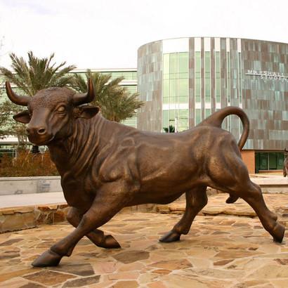 bronze bull statue4.jpg