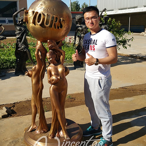 The World Is Yours Statue