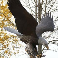 Vincentaa Bronze Eagle Statue 8.jpg