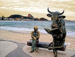 bronze bull statue2.jpg