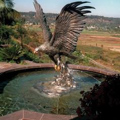 Vincentaa Bronze Eagle Statue 5.jpg