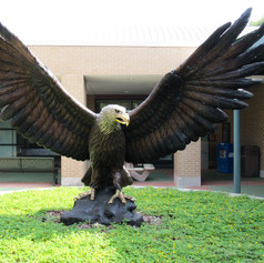 Vincentaa Bronze Eagle Statue 3.jpg