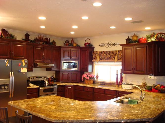 Pam Holman kitchen.jpg
