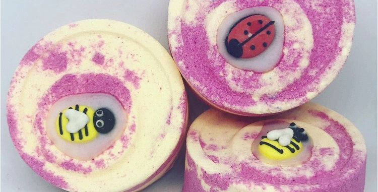 Love Bug Bath Bomb