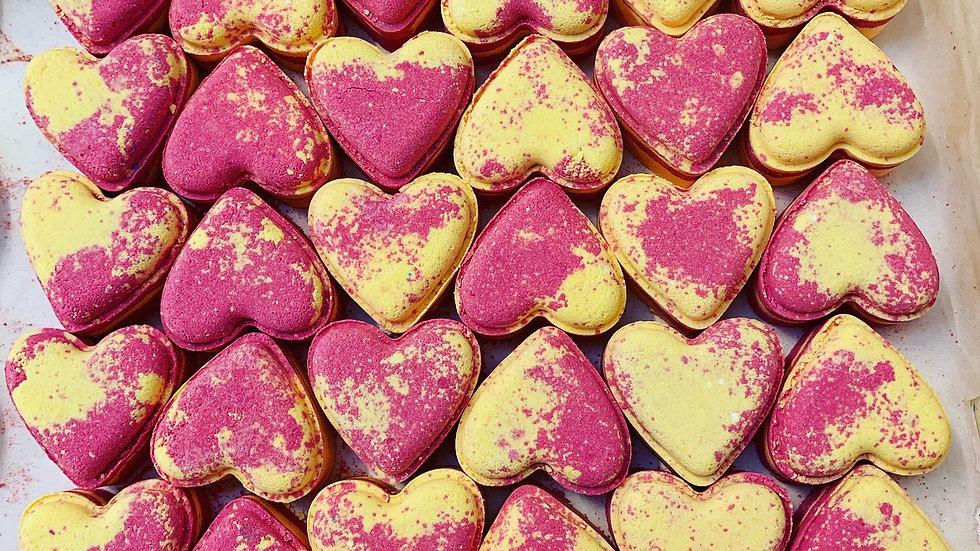 Jasmine & Cashmere Love Hearts x6