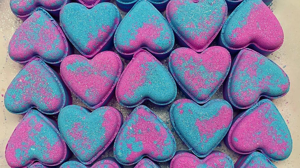 Blackcurrant Musk Love Hearts x6