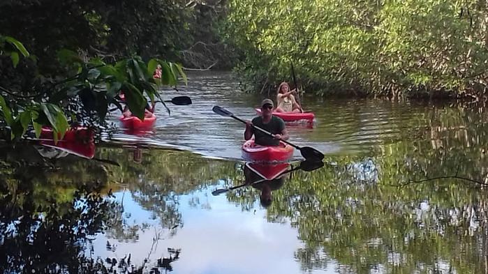 Kayaking Pongara Lodge Gabon