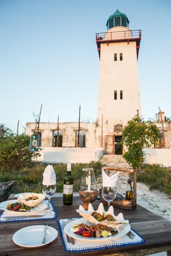 Tanzania Fanjove Island Dining table & Lighthouse