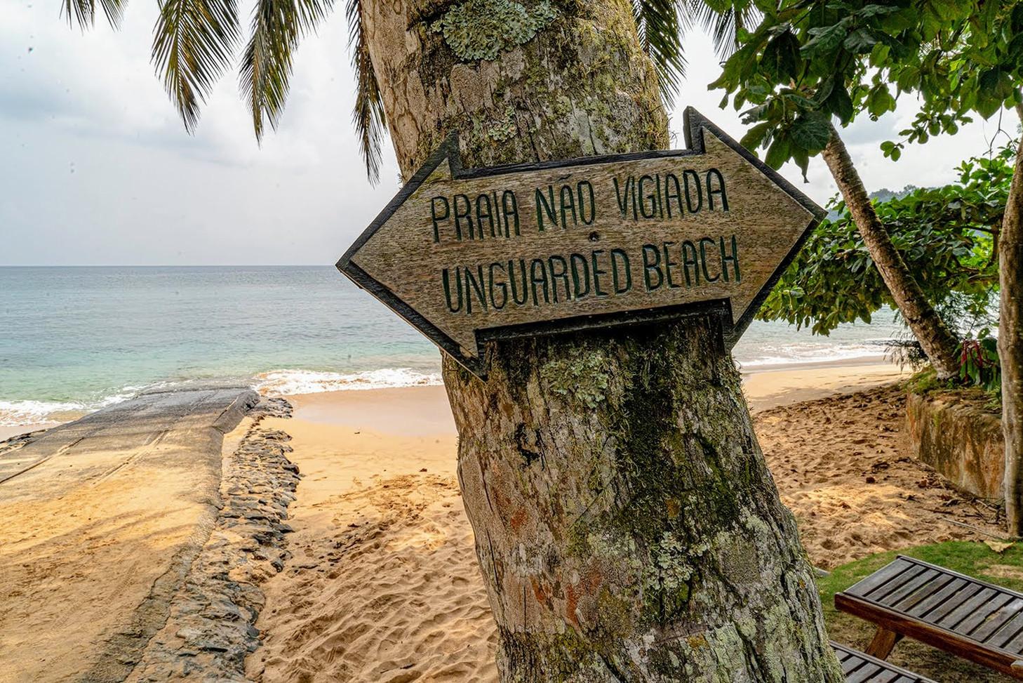 BomBom Beach Sign Príncipe