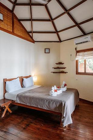 Loango Lodge Bungale Bedroom Gabon