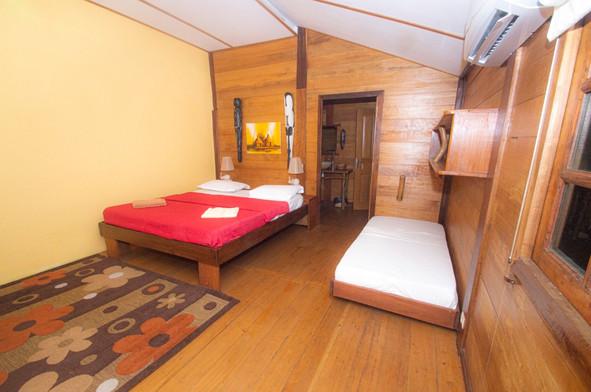 Guest Cabin Pongara Lodge Gabon
