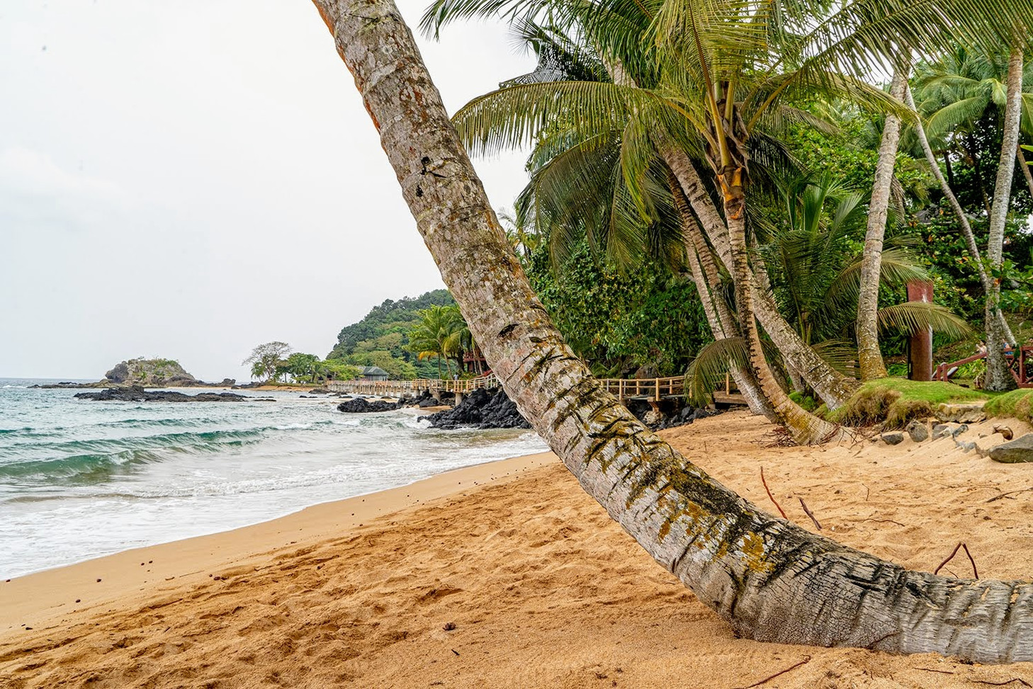 Tropical Beach BomBom Príncipe