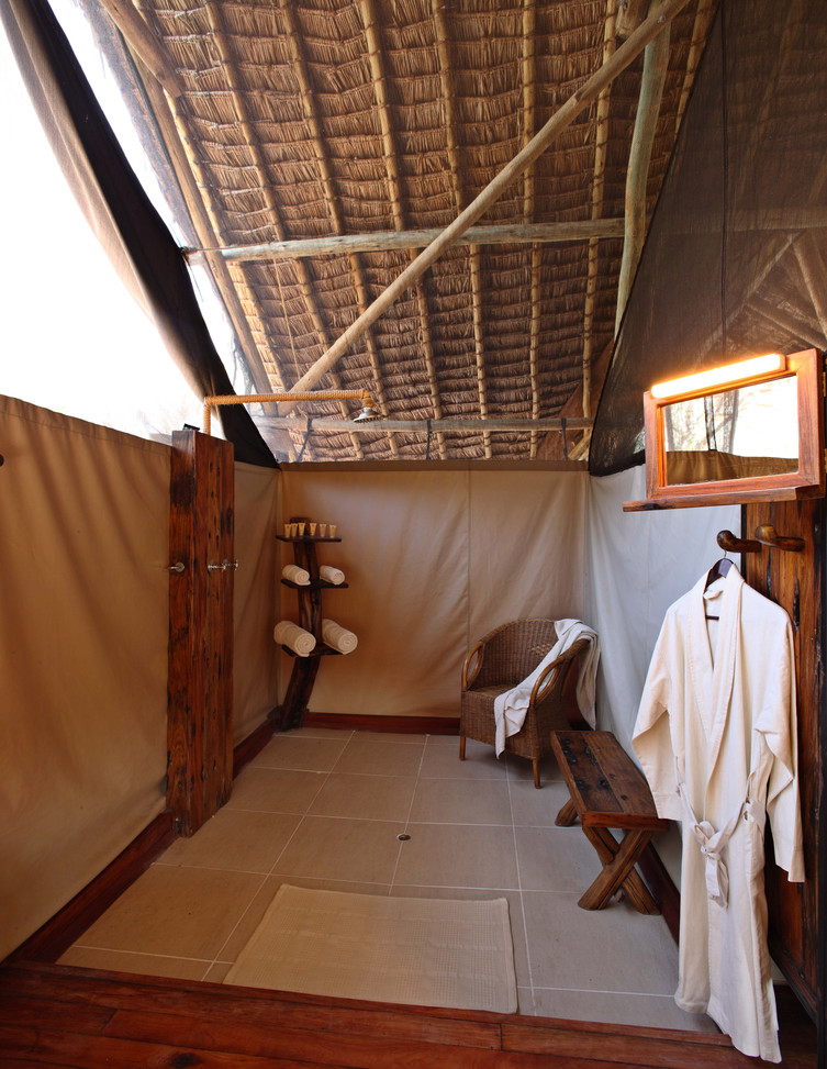Enjoy long, hot showers at Jongomero, Ruaha