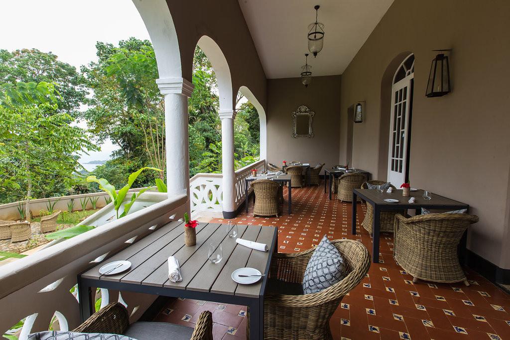Restaurant Courtyard View Roça Sundy