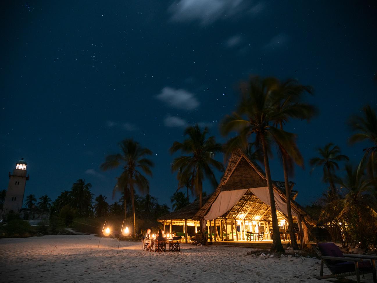 Fanjove Island Tanzania Dining