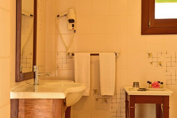 Bathroom Pestana Equador Rolas São Tomé