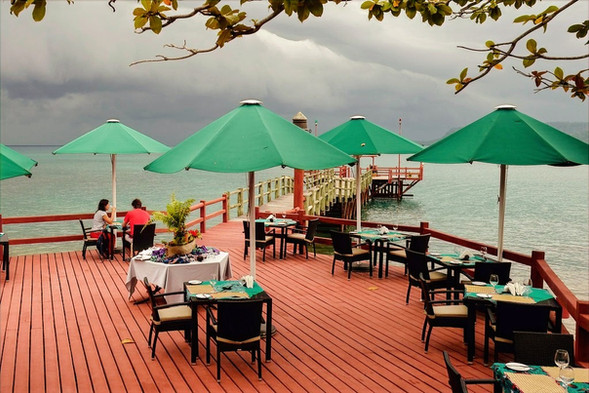 Jetty Restaurant BomBom Príncipe