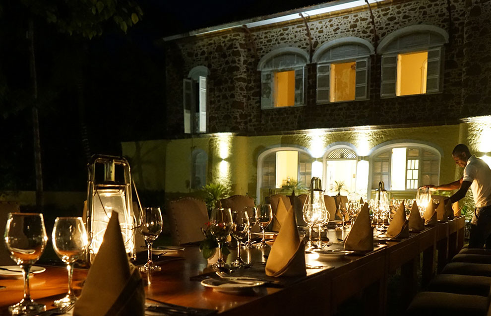 Roça Belo Monte Dinner in Courtyard Príncipe
