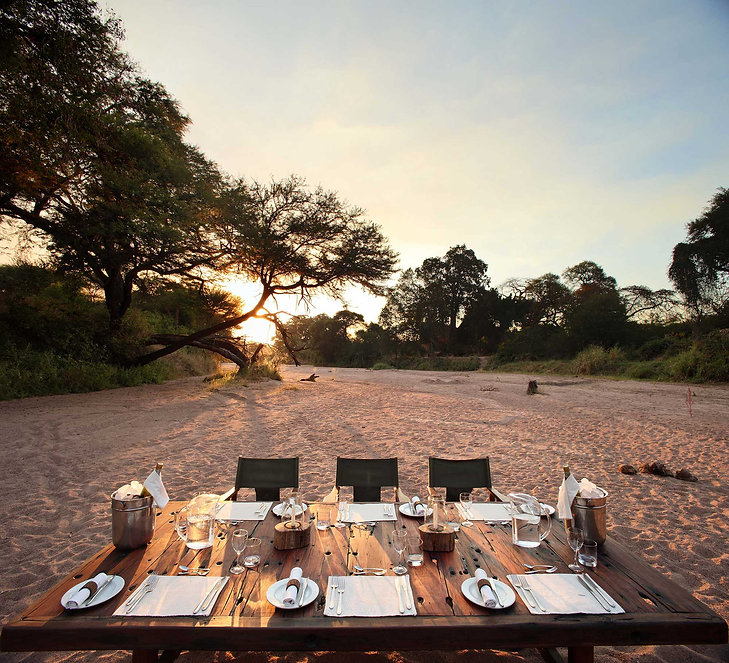 Dining Jongomero Ruaha Tanzania