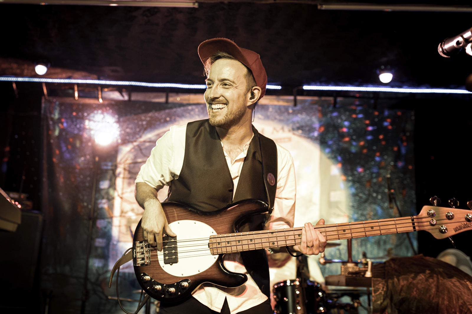 Fleetwood Mad - Bassist Ben