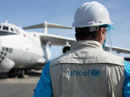 Plus de 10 compagnies aériennes s'engagent à aider UNICEF à transporter les vaccins COVID-19