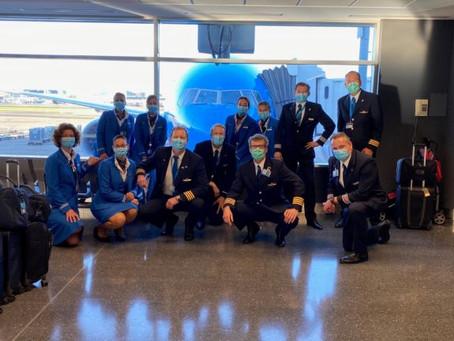 KLM, Lufthansa et United prennent des mesures concernant les équipages volant vers l'Inde.