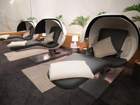 """British Airways lance des """"bulles à sieste"""" dans son salon «Forty Winks» à Londres-Heathrow."""