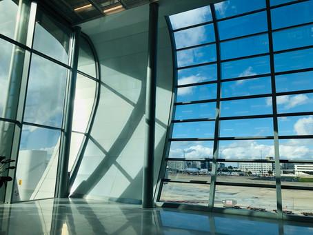 Le renouveau du Terminal 2B de Paris-CDG. Un terminal lumineux,  moderne et fluide.