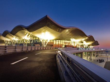 """Développement durable : 23 aéroports du groupe ADP signent la charte """"Airports for Trust"""""""