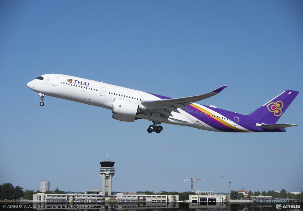 Thai Airways Airbus A350 au décollage  Gate7