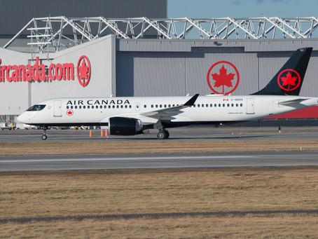 Air Canada prête à relier de nouveau le Canada et les États-Unis avec jusqu'à 220 vols quotidiens.