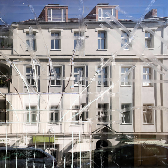 Show Window I Archival pigment print 100x100cm 2019