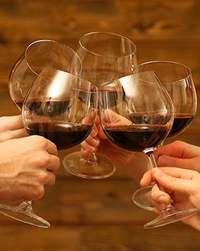 Johanneli Fi Weinkeller, Schweizer Weintourismuspreis, Heida, Höchster Weinberg Europas, Firmenprogramme, Incentive Rahmenprogramm, Vereinsausflug, Weihnachtsfeier, Wein-Event