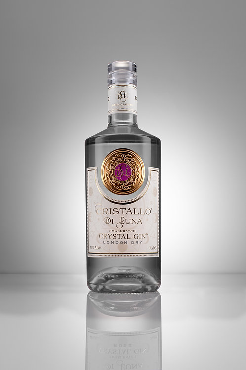 Our Signature Crystal GIn 70cl