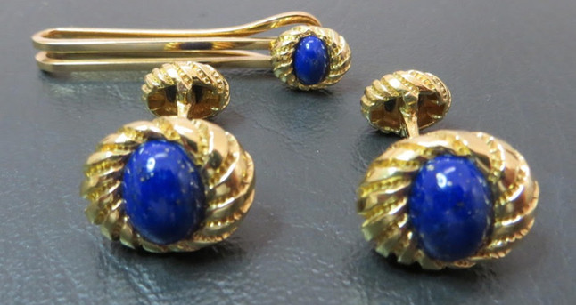 gold lapis cufflinks_edited.jpg