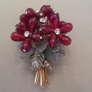 Iradg Moini Flower Brooch