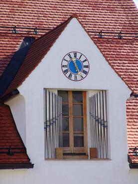 Turmuhr am Orgelmuseum in Valley