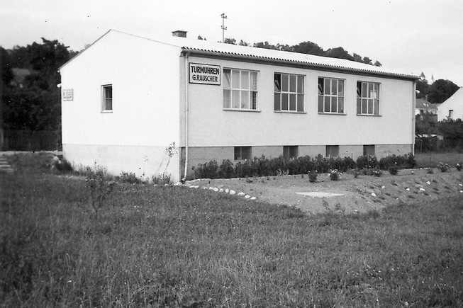 New company premises in 1952, then on the outskirts