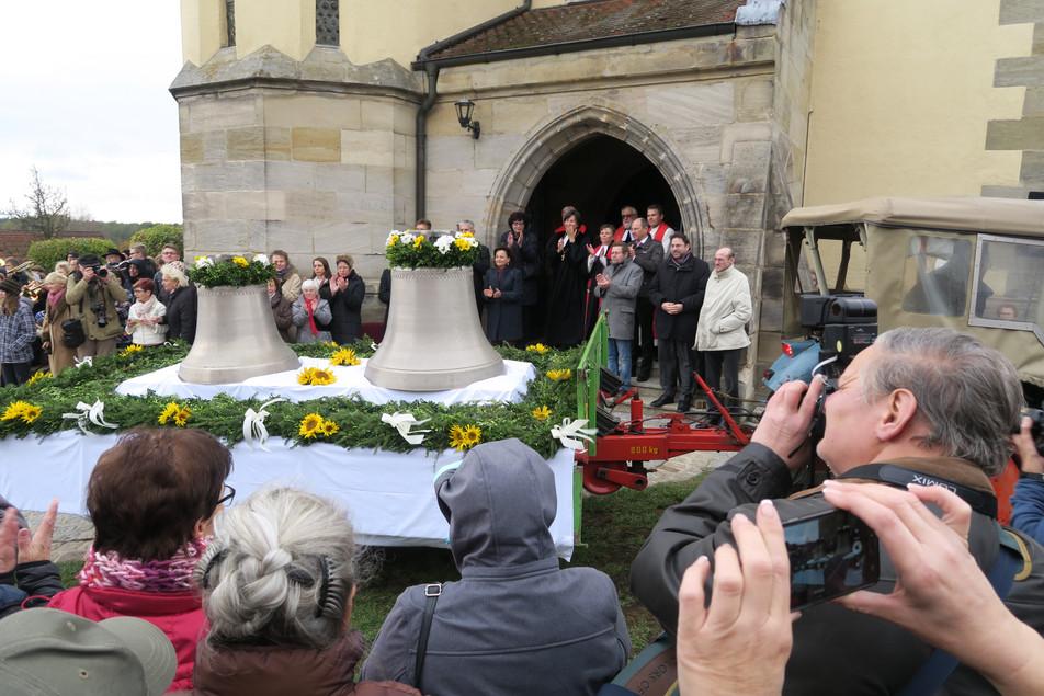 Glockeneinholung für die Kirche in Schönberg (Lauf a.d. Pegnitz)