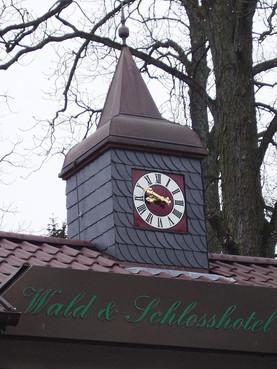 Turmuhr für das Schlosshotel Friedrichsruhe