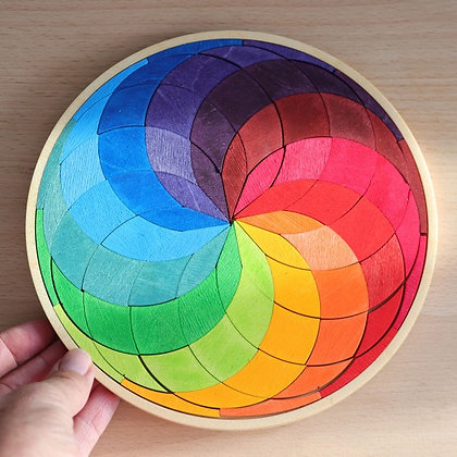 Grimm's Puzzle Coloured Spiral Circle