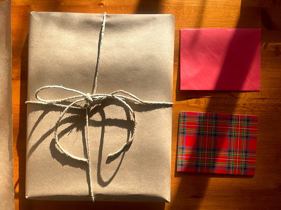 Holiday Gift Wrapping & Handwritten Note