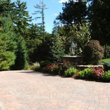Gorgeouse Driveway Entrance
